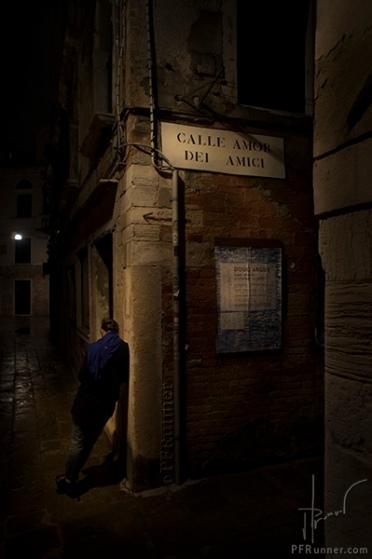 (c) PFRunner … Venise Calle Amor Dei Amici __DSC08736