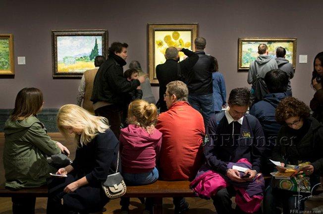 (c) PFRunner _Van Gogh London _DSC02537